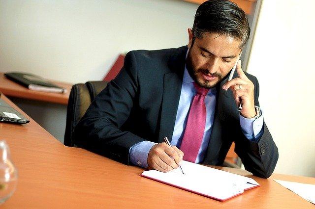 הגבלת שכר טרחת עורכי דין